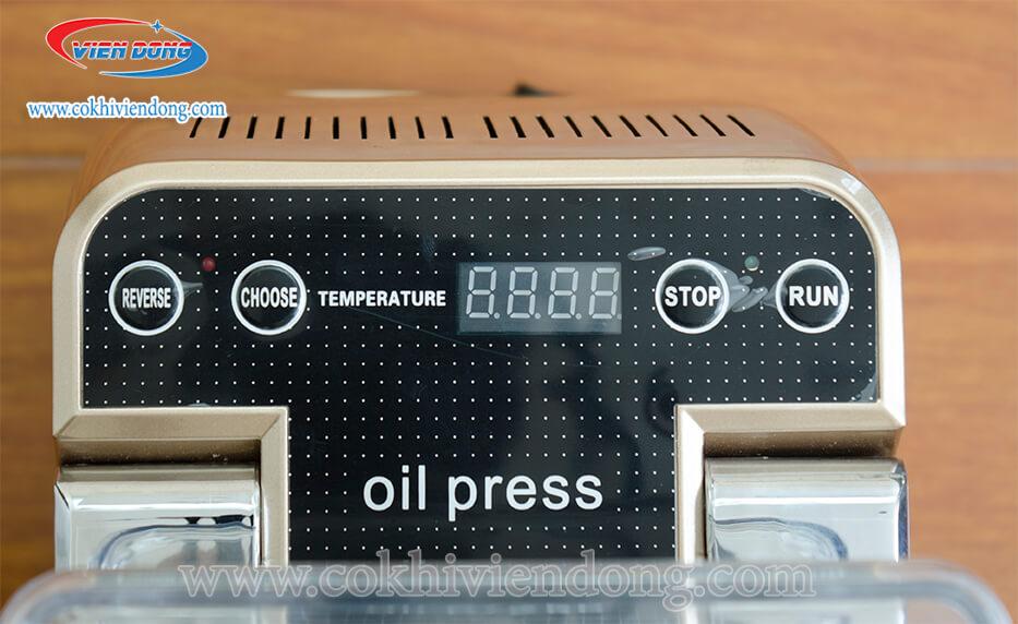 máy ép dầu lạc mini BOZY- 01 (1)
