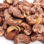 Sự thật về những túi hạt điều rang muối bạn ăn hằng ngày?