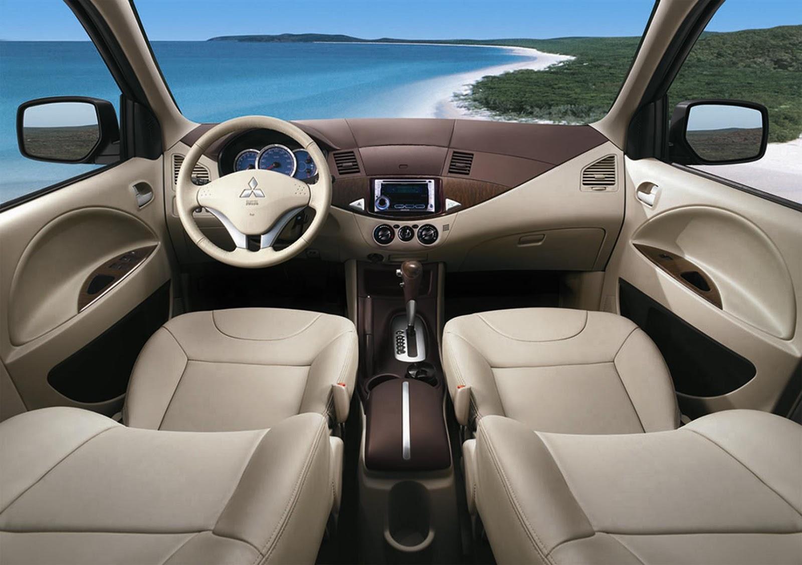 3 hóa chất làm sạch nội thất ô tô lôi kéo khách hàng tốt nhất
